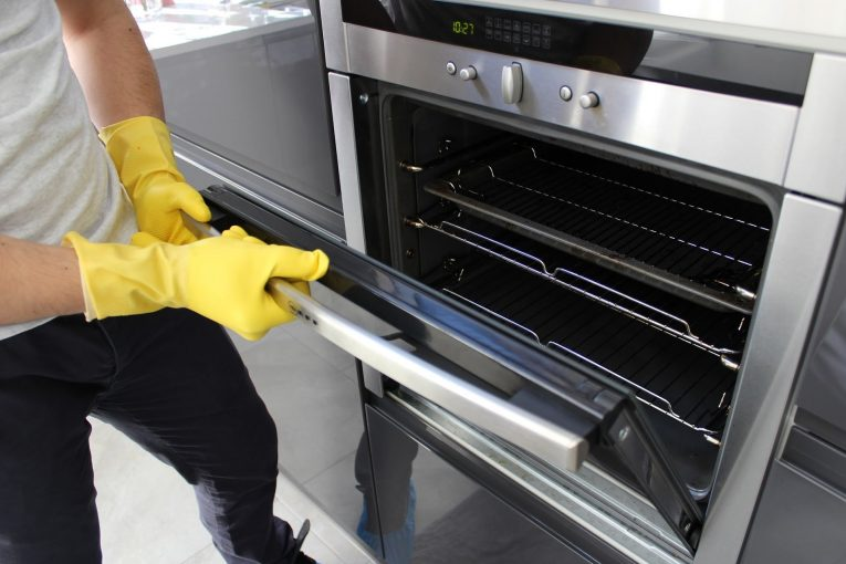 The Importance of Regularly Cleaning Your Oven Interior